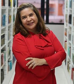 Elaine Moreira